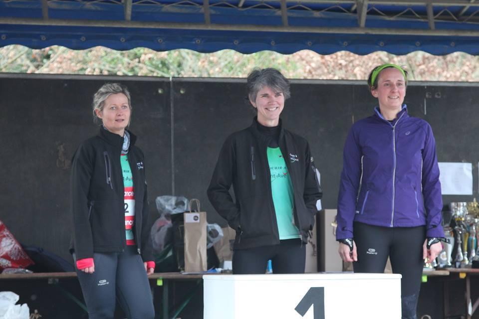podium-feminin-nathalie-jaunet-marina-blayo-et-marina-lemonnier